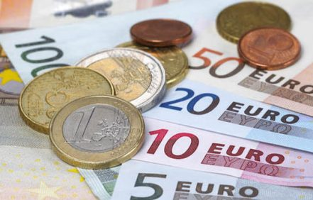 Monedas-billetes-euro_ECDIMA20180302_0003_22